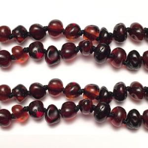 imagen del collar de ambar cherry